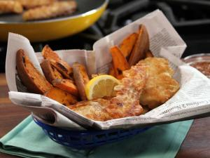 CCNMM204_Beer-Battered-Fish-and-Roasted-Fries_s4x3_lg